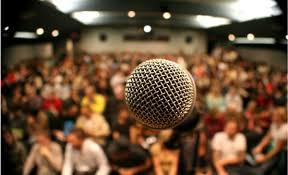 Melawan rasa takut saat public speaking
