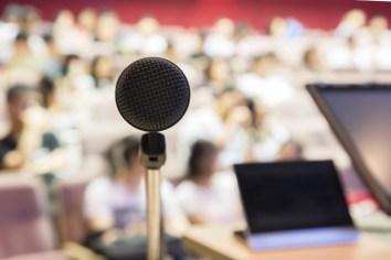Menghentikan Kebiasaan Buruk dalam Presentasi