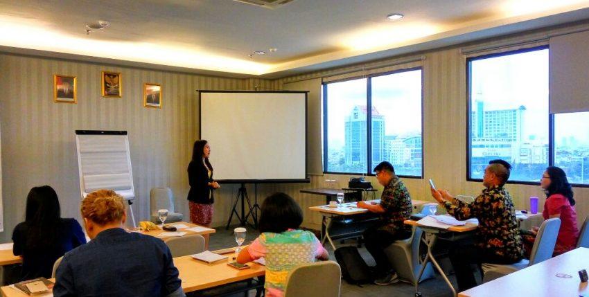 3 Etika Bertanya Dalam Forum Presentasi